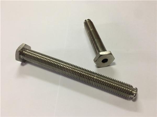 dobavitelji pritrdilnih elementov iz titana prodajajo ti6al4v gr5 titanov kolesni vijak ali drugo strojno opremo